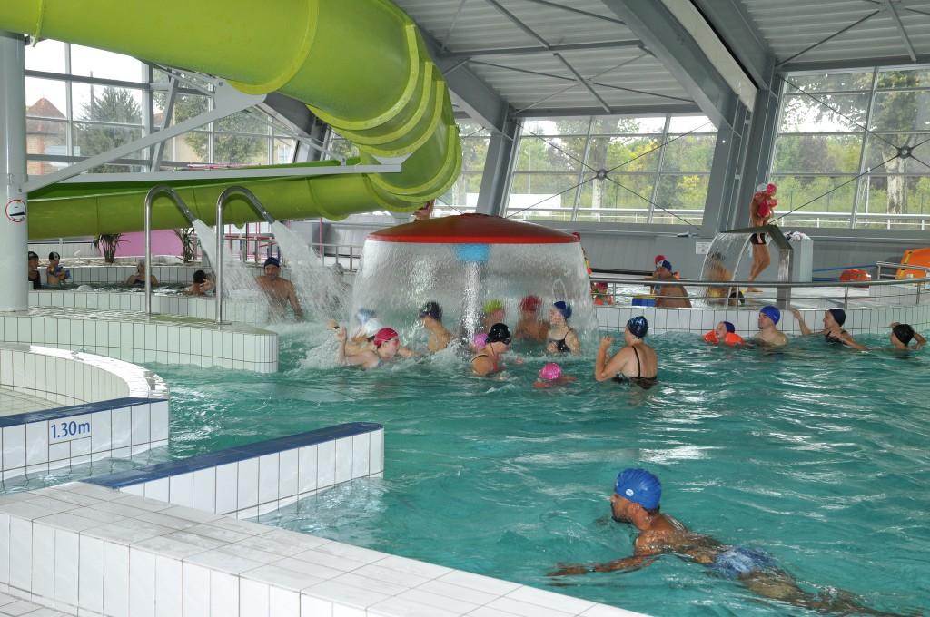 Baignade et piscine de bi vre valloire la c te saint for La boutique de la piscine
